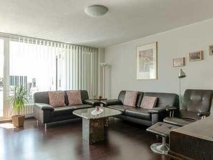 Schöne, renovierte 3,5 Zimmer Wohnung in zentraler Lage von Leonberg