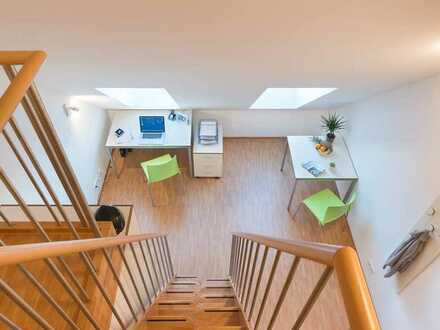 Schöne 1-Zimmer-Wohnung mit Schlafgalerie in Augsburg (Nur an Studenten)