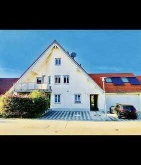 Gepflegte 4,5-Raum-Maisonette-Wohnung mit Balkon und Einbauküche in Dillingen an der Donau