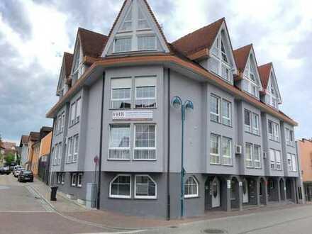 Schicke, helle Maisonette-Wohnung in zentraler Wohnlage von Östringen zu verkaufen