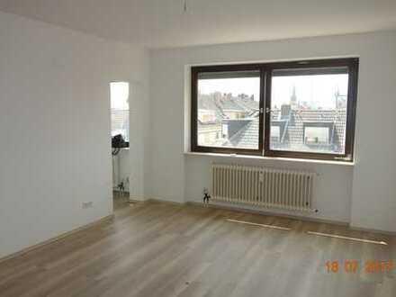 VE 222 : Renovierte 1 - Zimmer Wohnung zentrale Lage in Ludwigshafen
