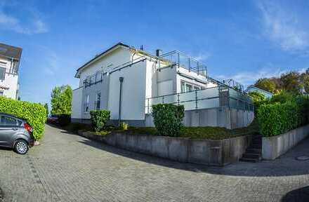 Schöne, geräumige 2 Zimmer Wohnung in außergewöhnlicher Lage RS-Lennep