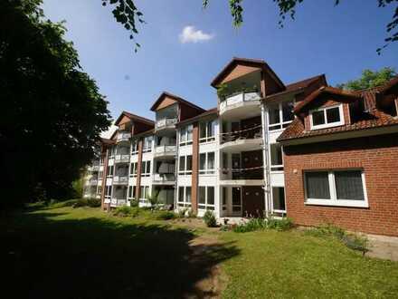 Seniorenwohnung: 1-Zimmerwohnung mit Einbauküche ! Wohnberechtigungsschein erforderlich!
