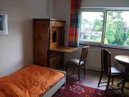 WG-Zimmer - ZwiMi - ruhiges 170 m²Einfamilienhaus - top Lage - ideal zum lernen