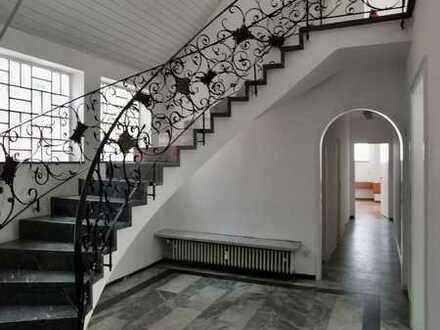 Büro mit flexibler Raumgestaltung: Arbeiten in Neustadt an der Aisch im Zentrum