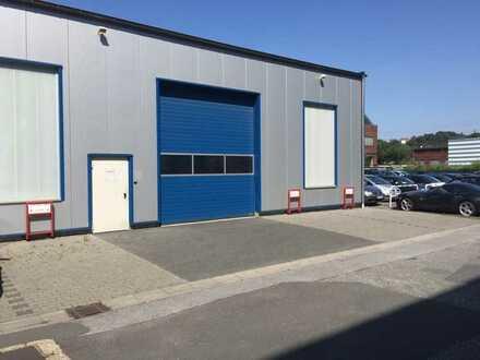 Gewerbehalle / Produktionsfläche mit Rolltor im Wittener Industrie und Technologie Gewerbepark