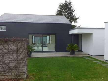 Modernes individuelles lichtdurchflutetes Architektenhaus