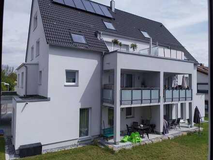 Neubau: stilvolle 2-Zimmer-Erdgeschosswohnung mit Terrasse und EBK in Gärtringen