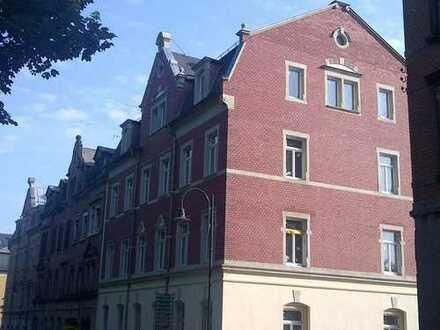 Schickes Appartment im Dach mit EBK - zentrale Lage in Radeberg