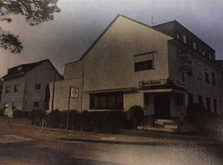 """""""Haus Schnee"""" Hotel-Gastrobetrieb, 7 Zimmer, 3 Wohnungen, 1 Gaststätte"""