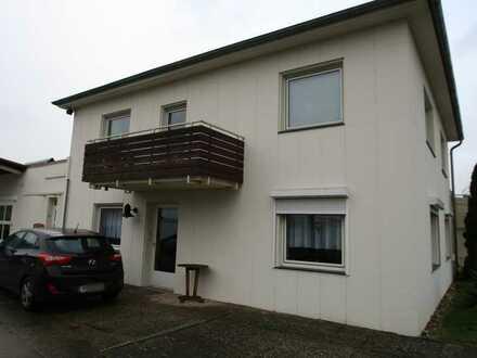 Fast wie im eigenen Haus - 3-Zimmer-Wohnung mit Balkon in Hannover-Ahlem