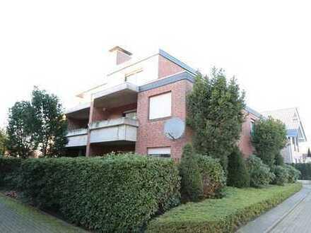 Topgepflegte, vermietete 3 Zi.- Oberwohnung mit überdachtem Südbalkon, Keller und Garage