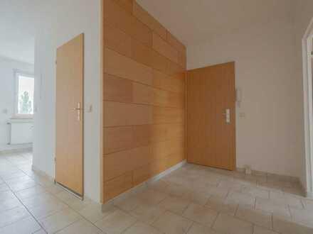 4 Raum Wohnung_73 m²_Keller_Balkon_Badewanne