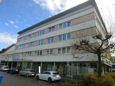 Geräumige 4-Zimmer Wohnung mit Balkon im Zentrum von Langenau