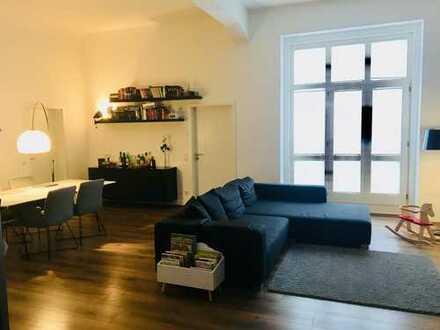 Stilvolle, vollständig renovierte 4,5-Zimmer-Loft-Wohnung mitten in Bi - Ruhig und Familiengeeignet