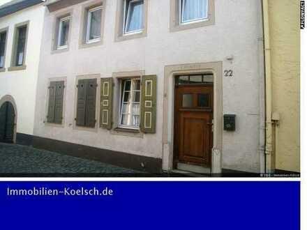 Altes, kleines Haus im Stadtkern von Meisenheim, mit Zentralheizung