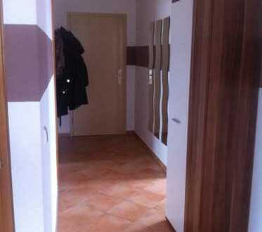 Ansprechende, gepflegte 3-Zimmer-Dachgeschosswohnung zur Miete in Pforzheim-Eutingen