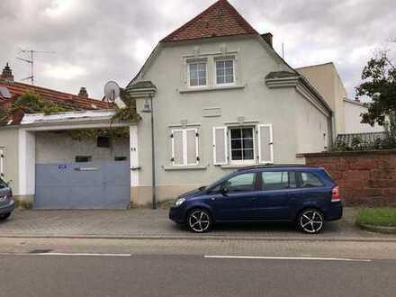 Neue Wohn-und Geschäftsideen, oder ein Zuhause für die Großfamilie / Mehrfamilienhaus in Oggersheim