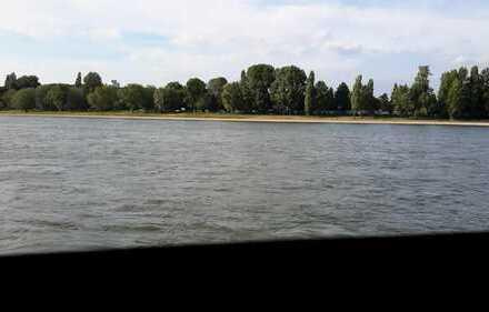 LUXUS am Rhein