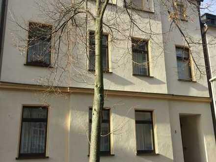 FEST RESERVIERT!!!- ab 1992--SANIERT - alles FREI - EG Büro, OG 3 Zi- & DG 4- Zi. Wohnung