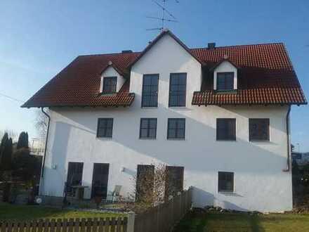 Schöne drei Zimmer Wohnung in Freising (Kreis), Attenkirchen