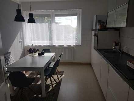 Schweinfurt Kleiststr. - Nur noch 1 Zimmer frei ab April mit neuer Küche, moderne Zimmer