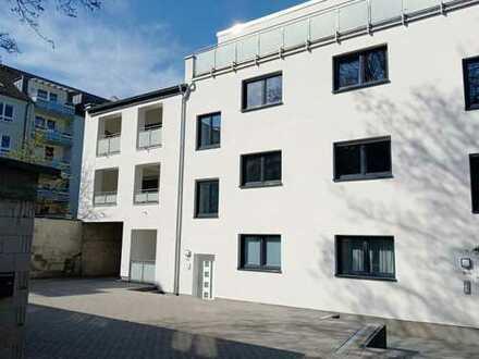 1 Exklusive Innenhof Neubauwohnung mit Terrasse zum Wohlfühlen