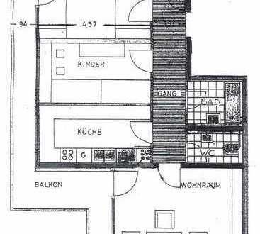 Helle, geräumige 3-Zimmer-Wohnung in Augsburg mit großem Balkon