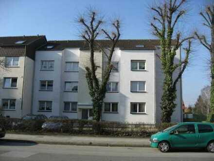 Vollständig renovierte 1-Zimmer-DG-Wohnung mit Balkon in Dortmund Lindenhorst