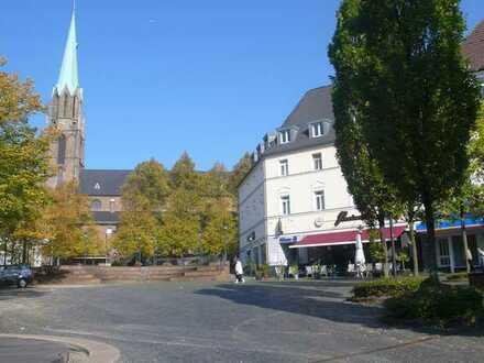 Borbeck-City, gemütliche 3,5-Raum-Wohnung unter dem Dach
