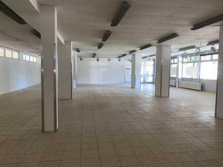 Geräumiger Laden, Büro, Showroom, Kanzlei, Praxis etc. im Zentrum von Gauting!