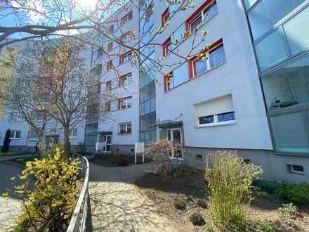 Helle 1-Raum-Wohnung mit schönem Balkon