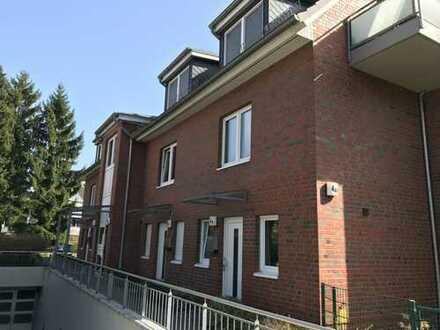 Gepflegte 4 1/2-Zimmer-Maisonette-Wohnung mit Balkon und Einbauküche in Bramfeld, Hamburg
