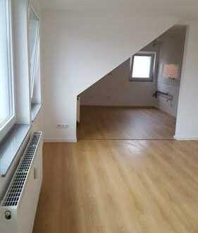 Schöne, modernisierte 3-Zimmer-Dachgeschosswohnung mit gehobener Innenausstattung in Oldenburg