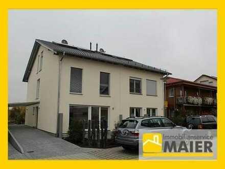 Neubau Erstbezug! Ruhig gelegene Doppelhaushälfte in Lauffen am Neckar