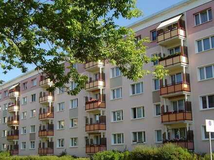 Bild_Helle 3-Raum-Wohnung mit Balkon - Wohnen an der Insel!
