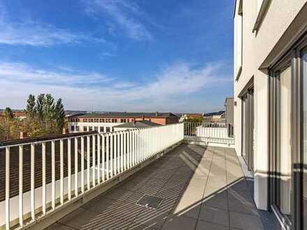 Viel Platz und Wohngenuss! – Phantastische 5-Zimmer-Maisonette mit Einbauküche und Dachterrasse