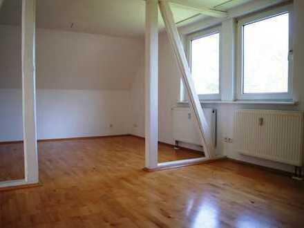 Sofort bezugsfertig, renovierte 3-Zimmer-Wohnung in Friesenhagen-Steeg
