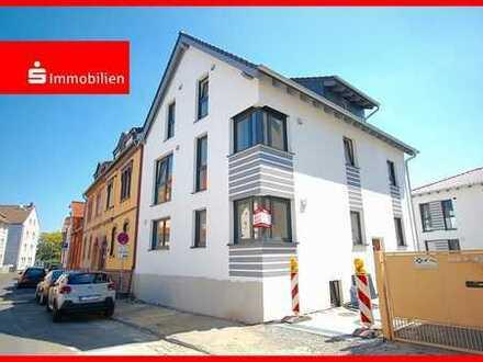 3 Zi.-Neubau ETW + Balkon im 2-FH - im Herzen von Bieber - nach KfW-55!