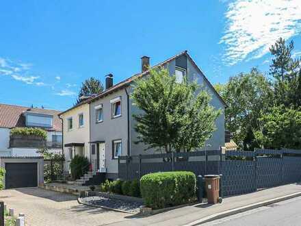 Für Familien mit Ideen: Doppelhaushälfte mit Modernisierungsbedarf!