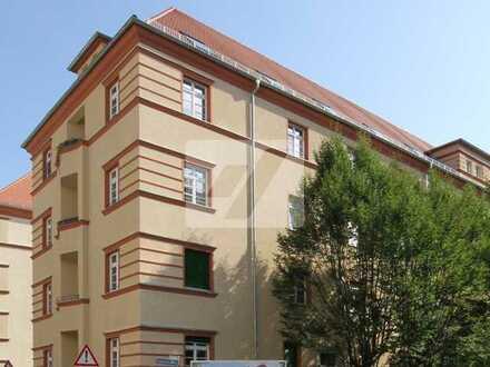 //Tolle Maisonettewohnung mit 3 Zimmern und toller Ausstattung im beliebten Anhalter Carré//
