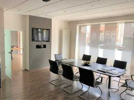 Ladenbürofläche mit Glaswänden und guter Ausstattung sucht neuen Mieter!