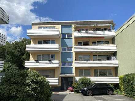 Pfiffige 2-Raumwohnung mit schönem Bad (Wanne+Dusche), Balkon, Einbauküche und großem Keller...