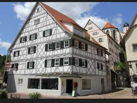 Hübsche 3 Zimmer Maisonette-Dachgeschosswohnung