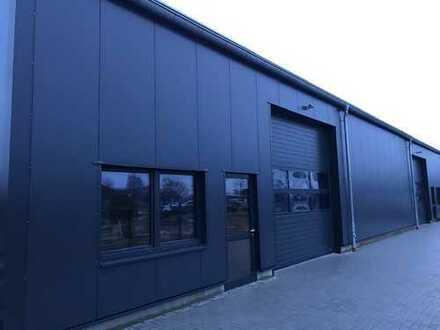 Gewerbehalle Neubau in Sandwichpaneel-Bauweise 276 m² Schleswig Gewerbegebiet