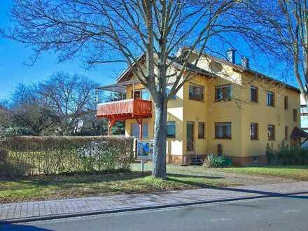 2 Fam-Haus* Kapitalanlage* 2-3 Stellplätze* Fotovoltaik* Dachboden-Hobbyraum* Groß-Umstadt / Richen