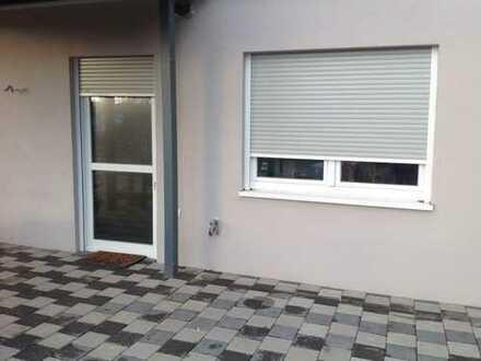 Neuwertige 3-Zimmer-Terrassenwohnung mit Balkon und EBK in Saarwellingen/Reisbach