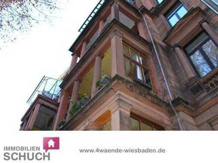 Schuch Immobilien - Altbauperle des Historismus mit neuer Einbauküche