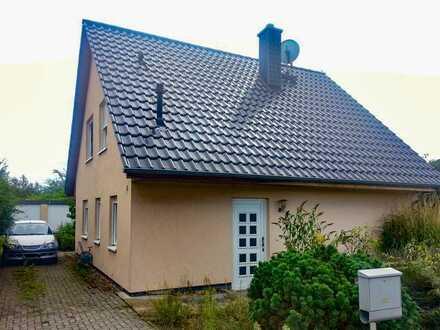 Modernes Haus mit Doppelgarage in schöner Lage - Zwangsversteigerung - keine Käuferprovision