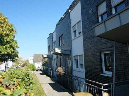 4-Zimmer-Wohnung über 2 Etagen mit Terrasse/Garten und Balkon